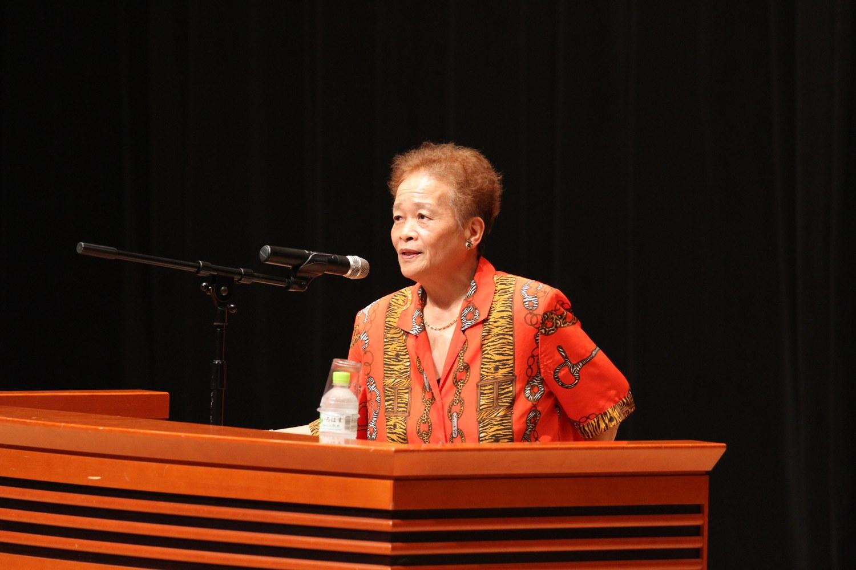 NPO法人いのちの応援舎 前理事長 助産師山本文子さんの講演